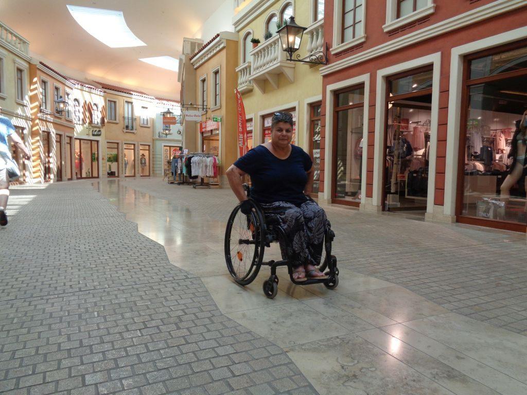 Mit dem Rollstuhl durch das Meditarraneo (c) Tanja Albert
