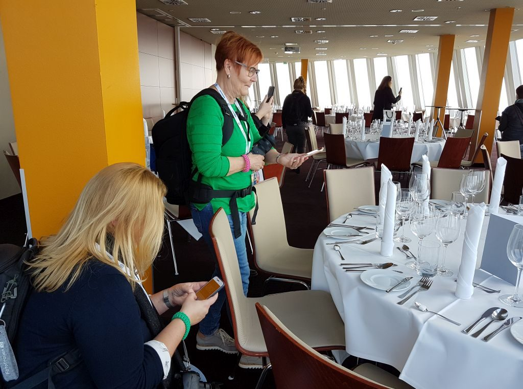 InstaWalk in der Captain's Lounge im Atlantic Hotel Sail City (c) Tanja Albert