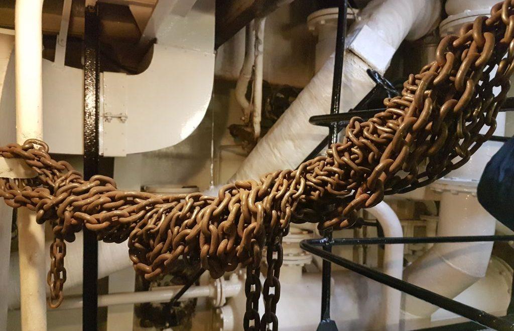 """Ketten an Bord des Museumsschiffs """"Gera"""" in Bremerhaven (c) Tanja Albert"""