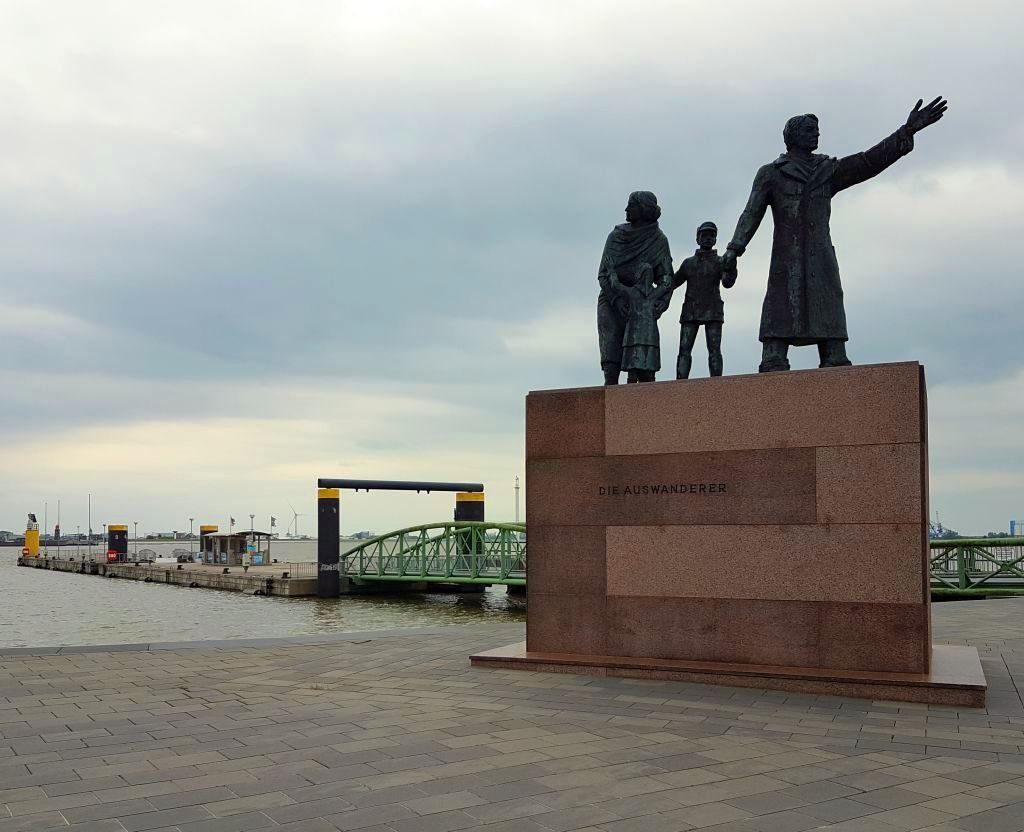 Auswandererdenkmal in Bremerhaven (c) Tanja Albert