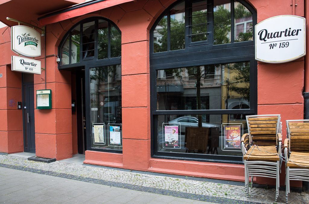 """So stilsicher wie von Außen ist das """"Quartier 159"""" auch von Innen (c) Marco Butzkus"""