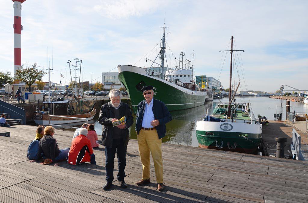 Hermann Zilles und Reinhard Meiners im Schaufenster Fischereihafen