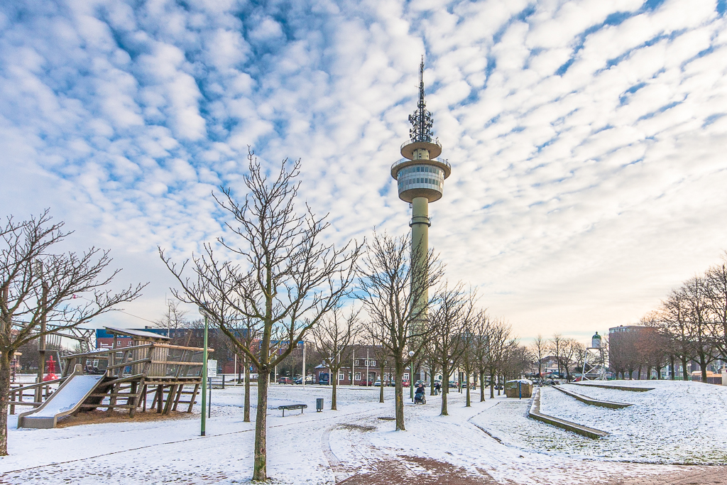 Radarturm im Winter