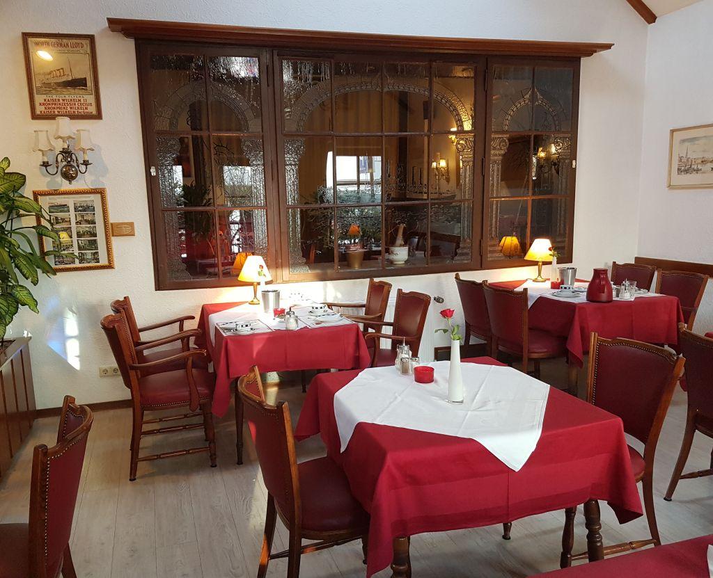 Frühstücksraum im Hotel Columbus in Bremerhaven (c) Tanja Albert