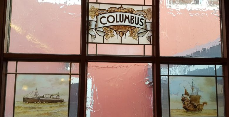 Alte Bleiglasfenster im Hotel Columbus Bremerhaven (c) Tanja Albert