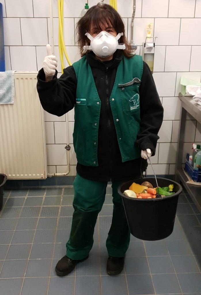 Schutzausrüstung der Tierpfleger
