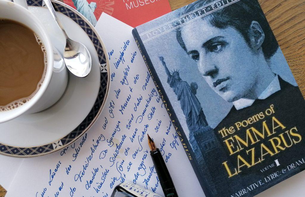 Bis heute werden Bücher von emma Lazarus gin den USA gedruckt. Bei uns kennt sie kaum jemand, dafür ihre Worte auf der Freiheitsstatue.© Deutsches Auswandererhaus /Foto: Magdalena Gerwien
