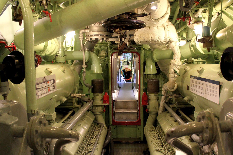 """Maschinenraum des U-Boot """"Wilhelm Bauer"""" (c) Leander Kortjohann"""