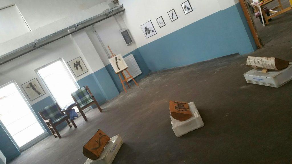 Bilder und Exponate im Fischkai57 (c) Tanja Albert