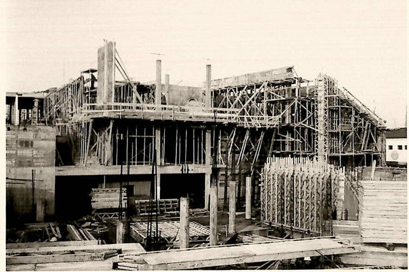 Historische Aufnahme während der Bauarbeiten zur Erweiterung.