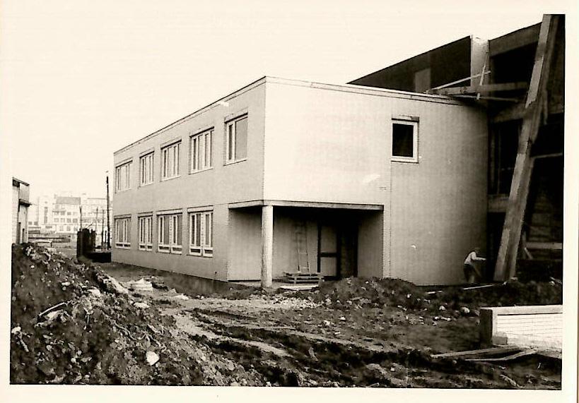 Verzahnung der Kogge-Halle mit dem Erweiterungsbau.