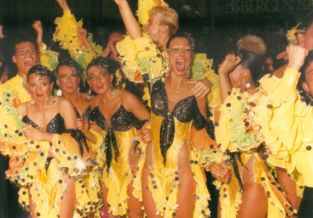 Jubelnde Tänzer*innen bei der Weltmeisterschaft (c) Lothar Scheschonka