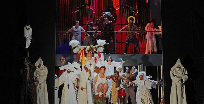 Aberglaube spielt auch in der Oper love and other demons eine Rolle (c) Heiko Sandelmann