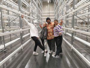 Gruppenfoto der Tänzer, die im Forschungsdepot getanzt haben.